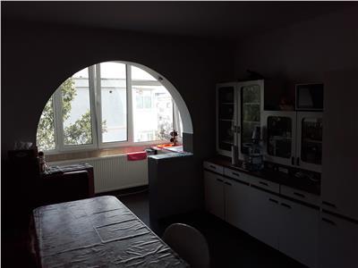 Nicolina 1, apartament 3 camere, decomandat