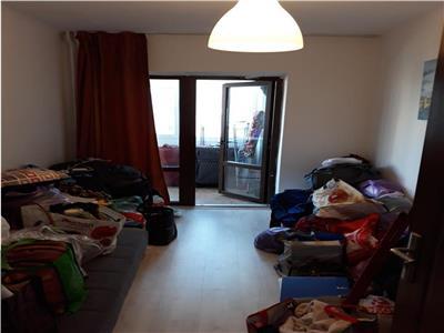 Apartament 3 camere de vanzare, zona Garii, cu vedere la strada,