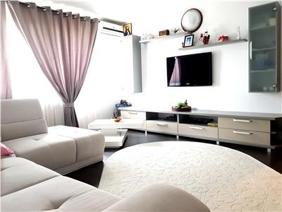 3 camere decomandate etaj intermediar priveliste si stil