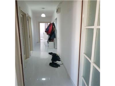 Apartament 3 camere de vanzare Frumoasa