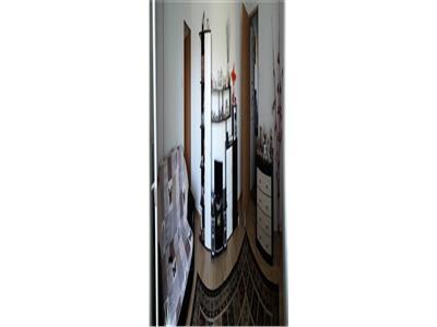 Apartament de 3 camere, Podul de Piatra