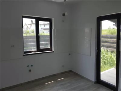 Casa spatioasa, Platou Beldiman, 110 mp. SU, 350 mp teren, asfalt