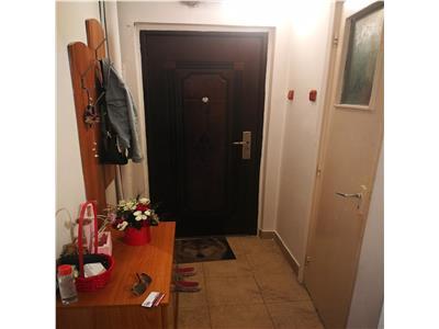 2 camere Primaverii bloc fara risc etaj 1