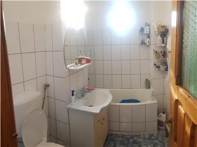 Apartament de 3 camere decomandate, Dacia