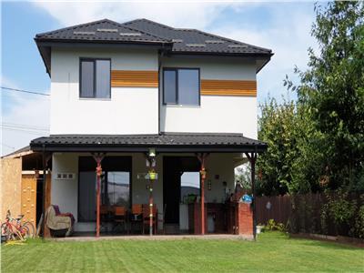 Vila ultraspatioasa, zona Platou Beldiman, amenajare si utilare moderna, 160 mp S.U., 840 mp curte