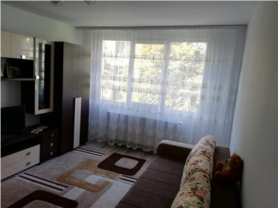 2 camere, decomandat, zona Metalurgie, etaj intermediar, utilat si mobilat cu bun gust, liber imediat