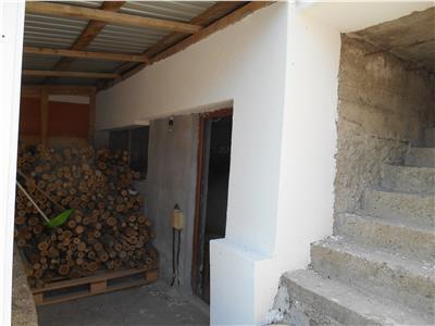 Vila 5 cam,190 mp, teren 780 mp in padure,Copou