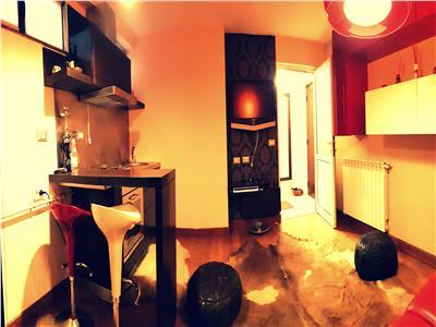 Apartament o camera Centru bloc 2005 open space
