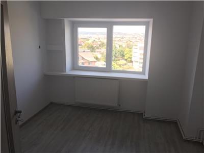 Apartament 4 camere de vanzare Nicolina